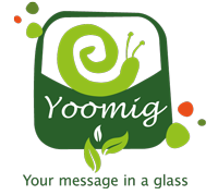 Das Logo von Yoomig - Your Message In A Glass